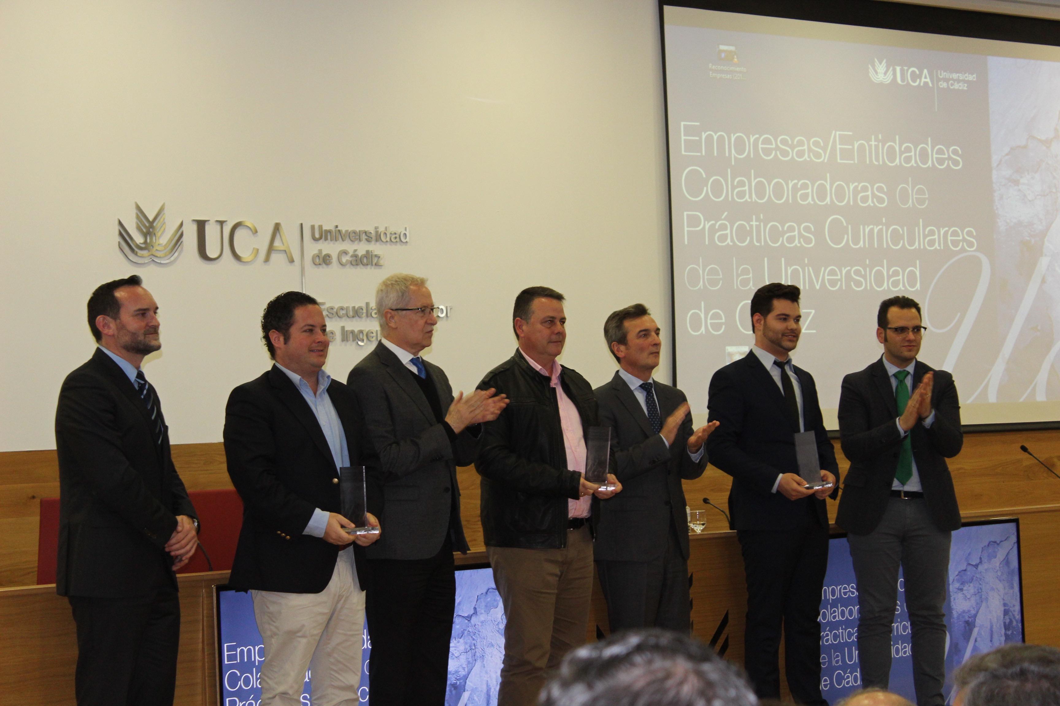 La Universidad De Cádiz Entrega A LAM Publicidad Un Reconocimiento De Empresa Colaboradora-Distinguida De La UCA.